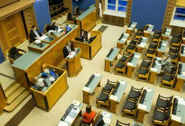 UURING: Rahva toetus valitsuskoalitsioonile langeb, IRL kukkus alla künnise