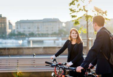 UURING: Euroopa paare hoiab koos raha, eestlased teistest romantilisemad