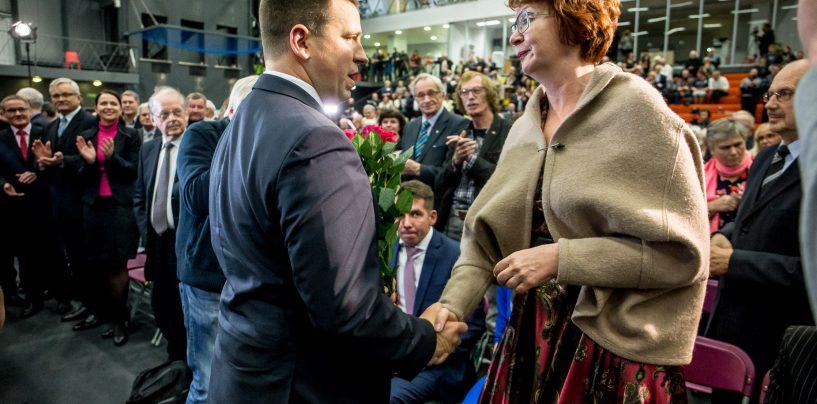 Keskerakonna Põhja-Tallinna esinumbriks sai venemeelne Yana Toom