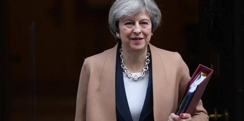 Briti peaminister allkirjastas Brexiti käivitava kirja