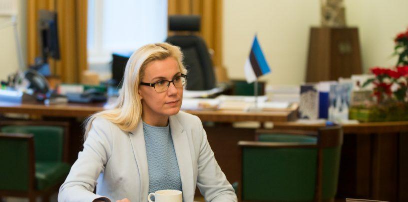 Miks minister Kadri Simsonil Rail Balticu projekti ratifitseerimisega Riigikogus tuli takus on?