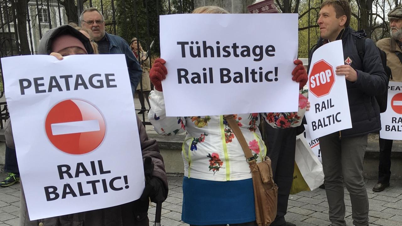 Akadeemilised seltsid taunivad Rail Balticu läbisurujaid ja hoiatavad kohtuga