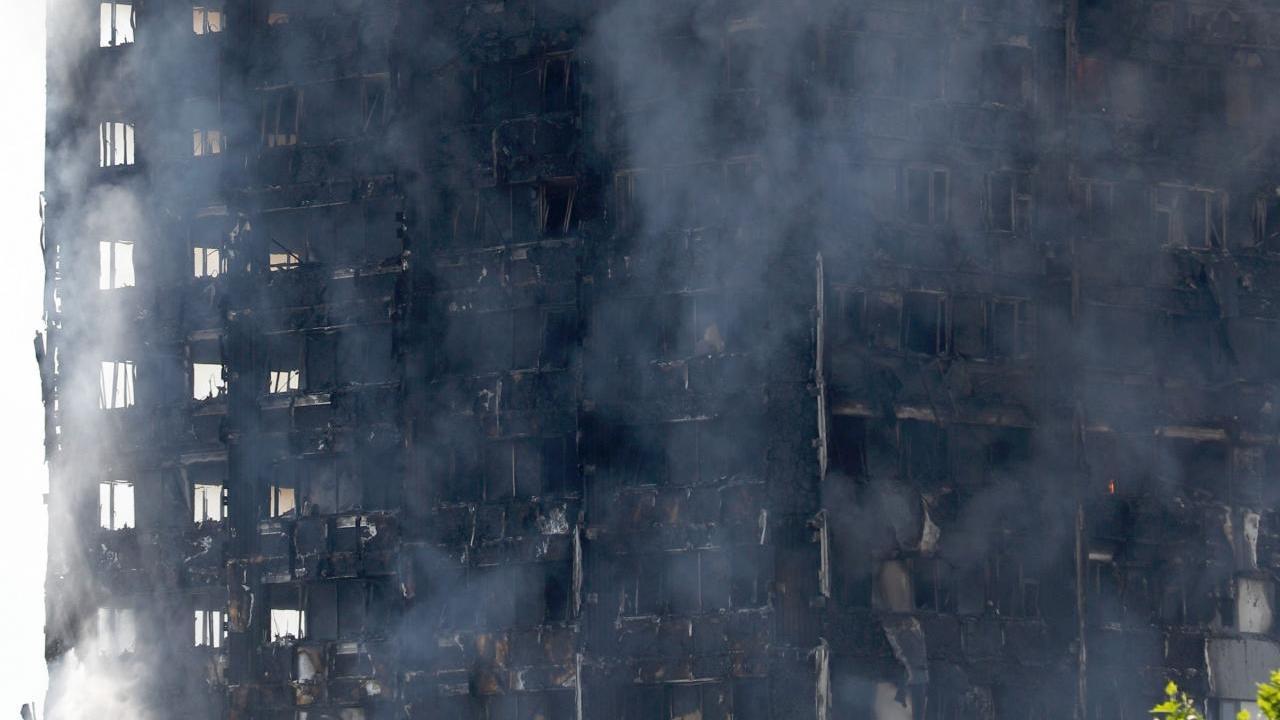 TÄIENDATUD: Londonis põles kõrghoone, hukkunud on vähemalt 12 inimest