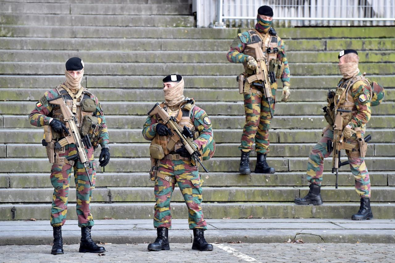 Sõdurid Euroopa tänavatel