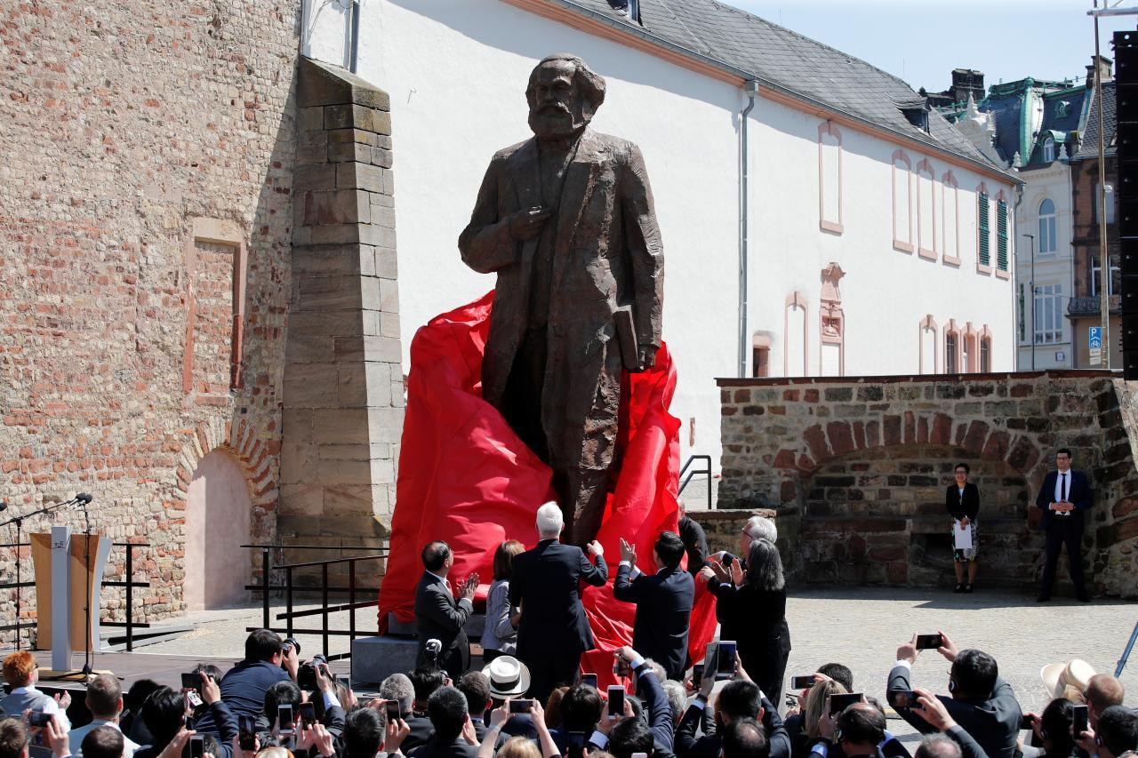 Karl Marxi mälestussamba avamine Trieris