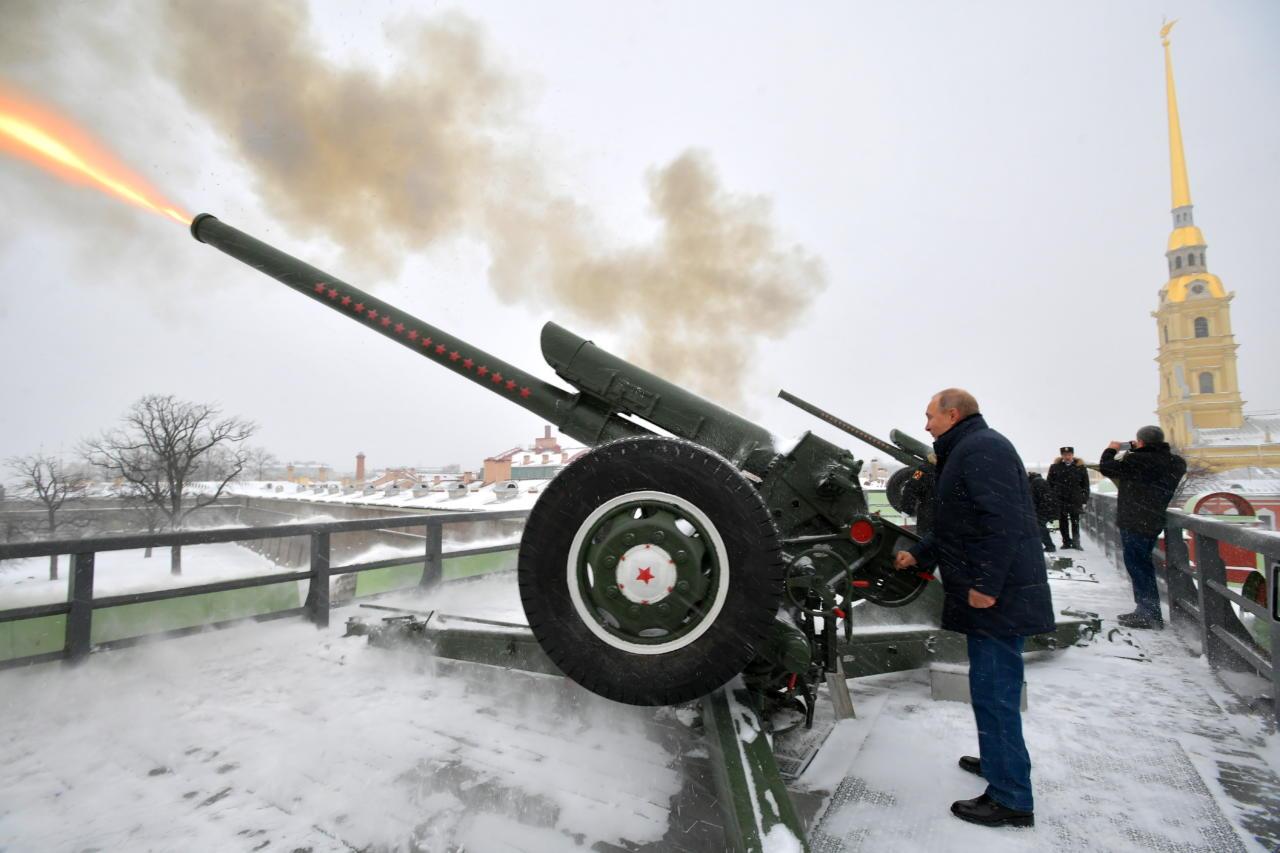 Putinivenelane Maksim Issajev ähvardab EKRE liikmeid tapmisega ja kuulutab Narva kindluse omaks