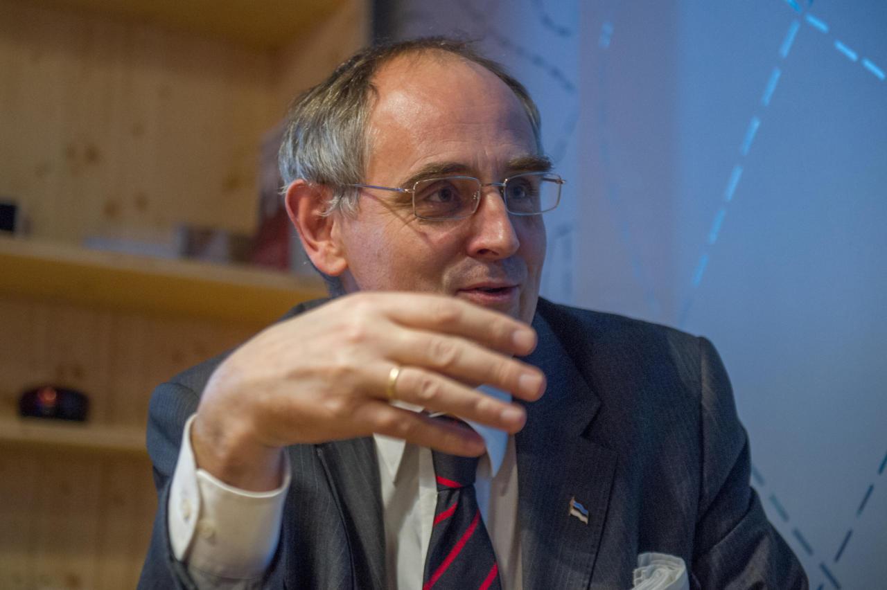 Kolumnist Edward Lucas: Lääne westsplainerid süüdistavad kõigis omatehtud hädades Venemaad
