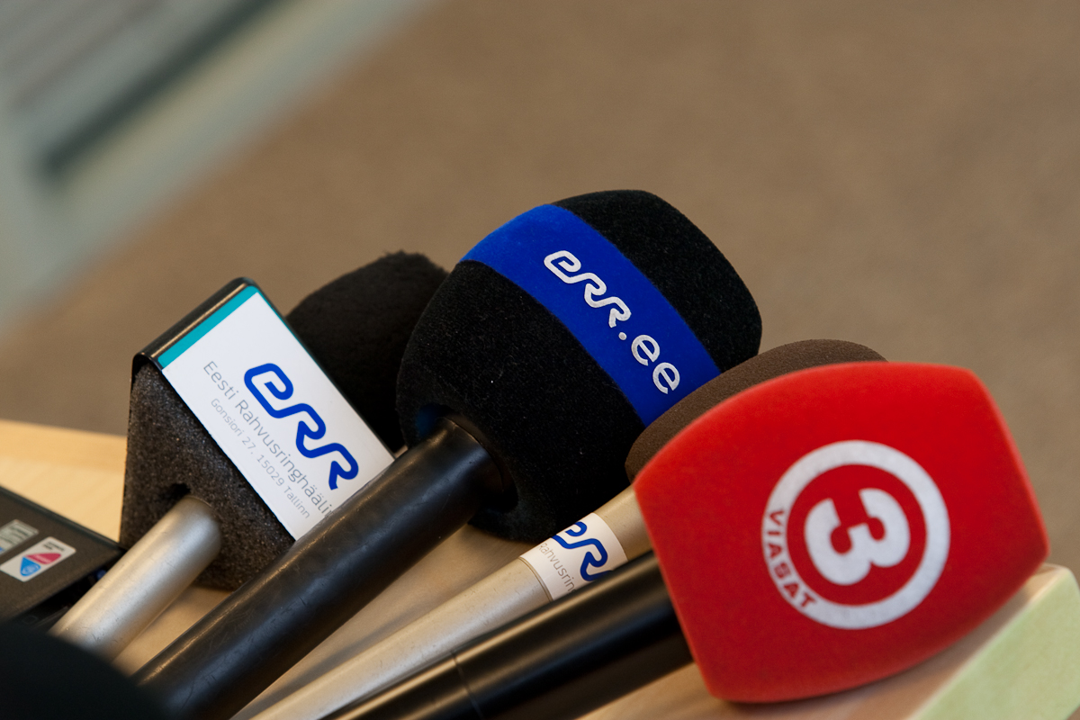 Halav, kuid kallutatud Eesti ajakirjandus ei tea tagakiusatud meedia tegelikest muredest midagi
