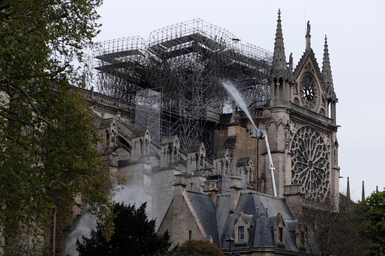 Pariisi Jumalaema kiriku põleng on pruugi sugugi olla vaid inimlik hooletus