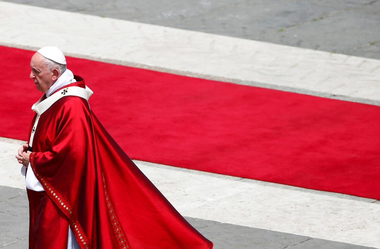 Peapiiskop: Vatikan kujutab endast võimsat homoseksuaalide võrgustikku