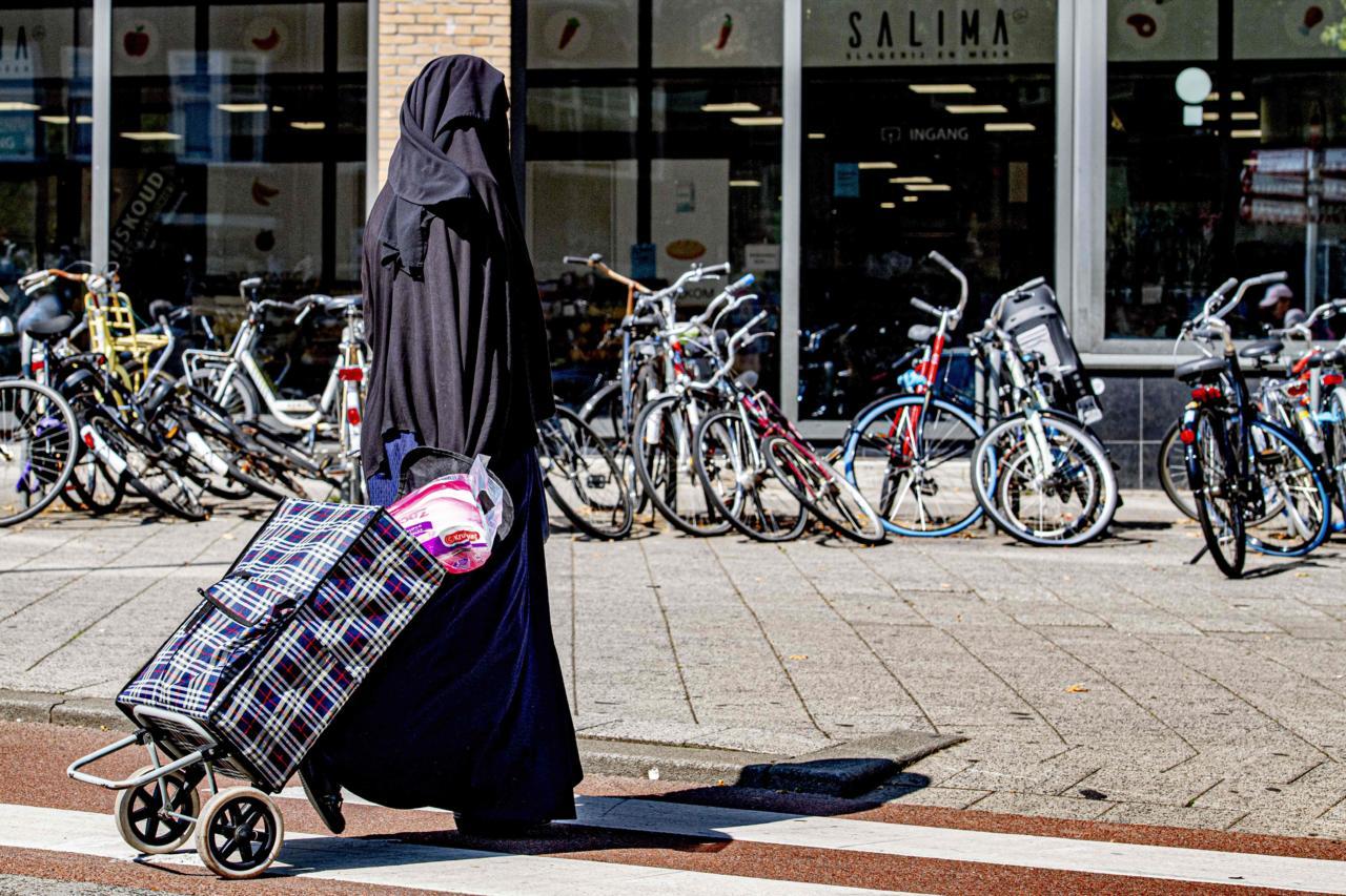 Burkad muutuvad probleemiks kogu Euroopas, ka Eestis hakkab see nähtus ennast sisse seadma