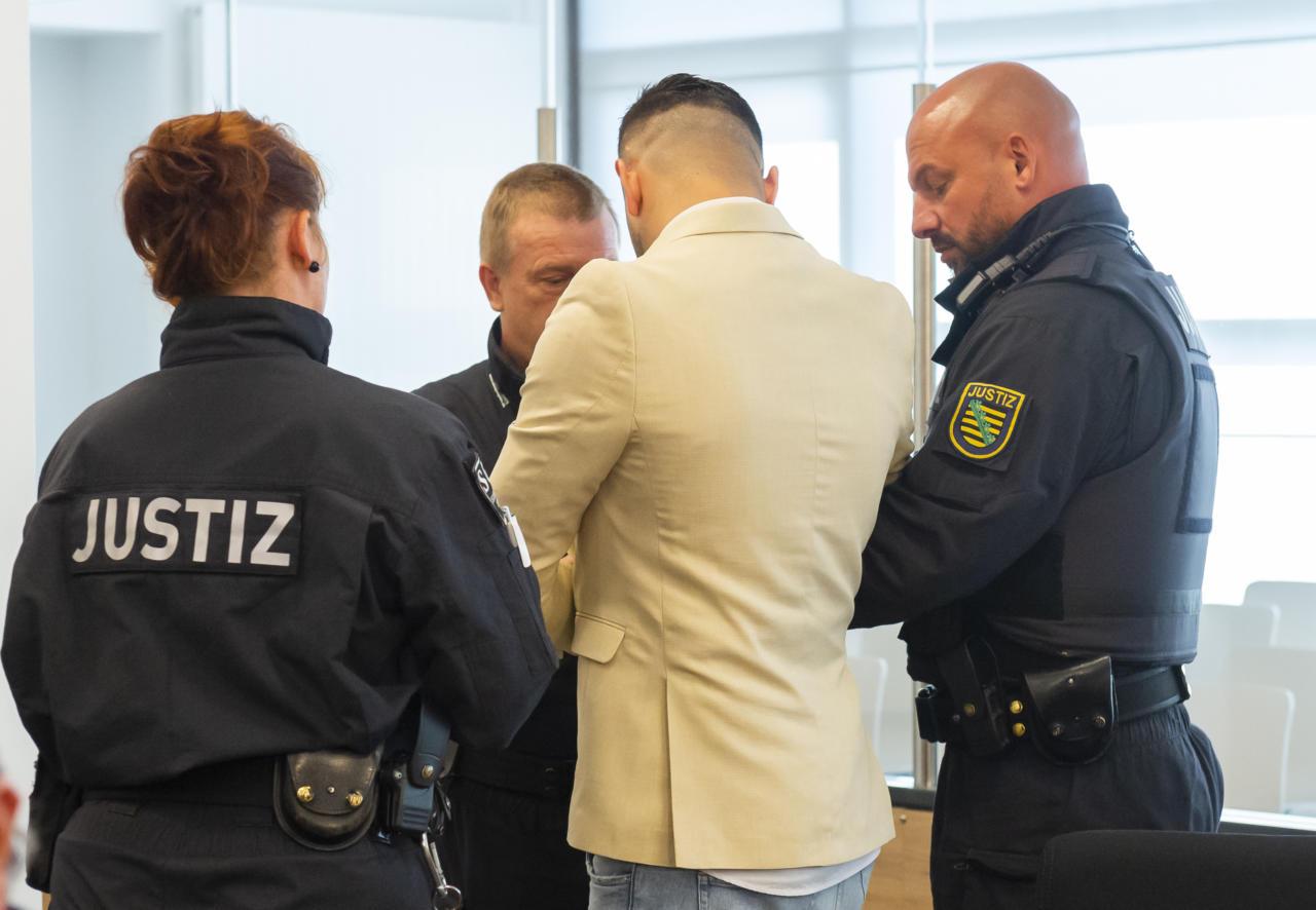 Dresdeni kohus mõistis Chemnitzi pussitamisega seotud asüülitaotleja vangi