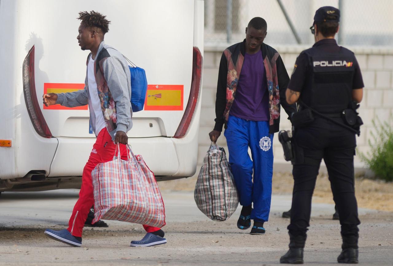 """Paljud Vahemere """"põgenikud"""" on terroristid, kuid see huvitab ainult Interpoli ja ei huvita """"inimõiguslasi"""""""