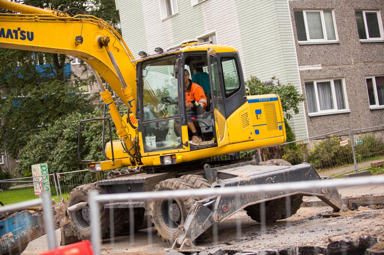 ehitus, kopp, kaevamine, töömees