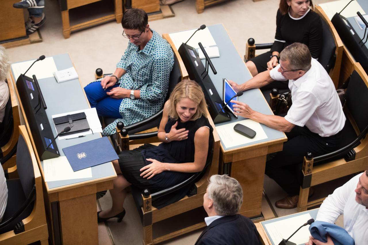 """Reformierakonna """"vana kaardivägi"""" hääletas Riigikogus eesti keele elujõu eelnõu vastu"""