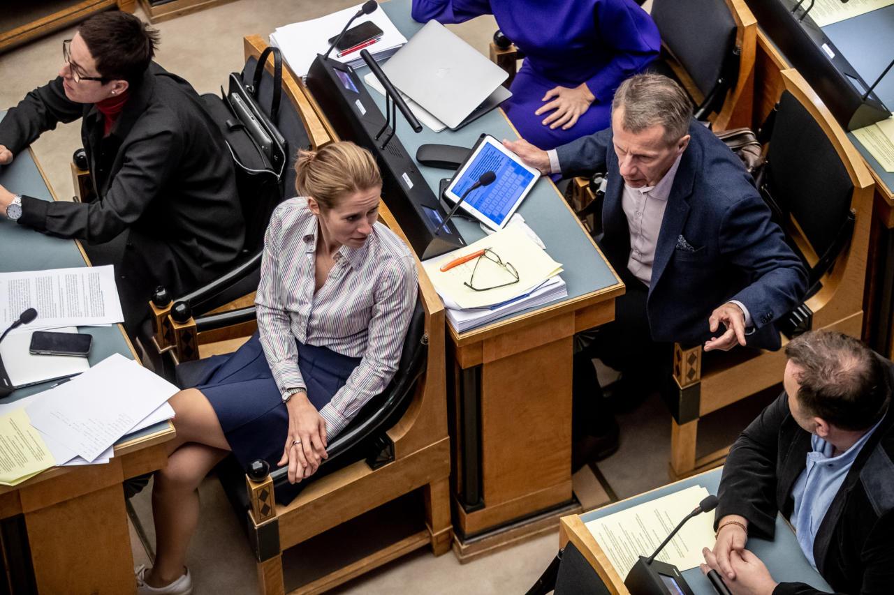 Reformierakond ründab Riigikogu kõnepuldis olevaid ministreid valimatu laimu- ja süüdistustelainega