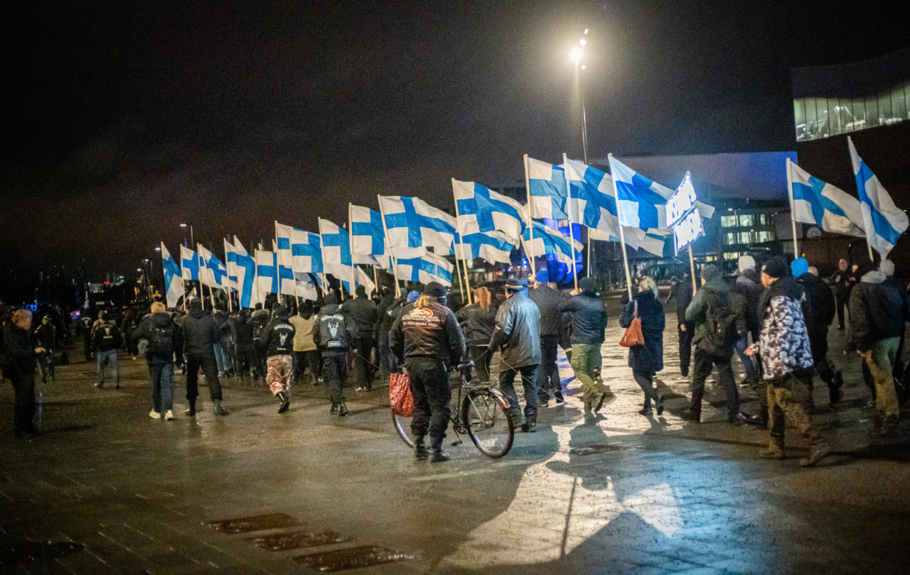 GALERII Soome iseseisvuspäeval peeti Helsingis maha mitu meeleavaldust